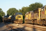CSX Q531 meets two MNLNV's at Cox St